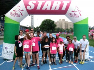 Suzanne and her team at our Spring 2013 5k!
