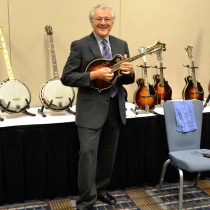 Tony sharing his knowledge of the history and evolution of vintage instruments at the 2013  IBMA. Click  here  for a clip!