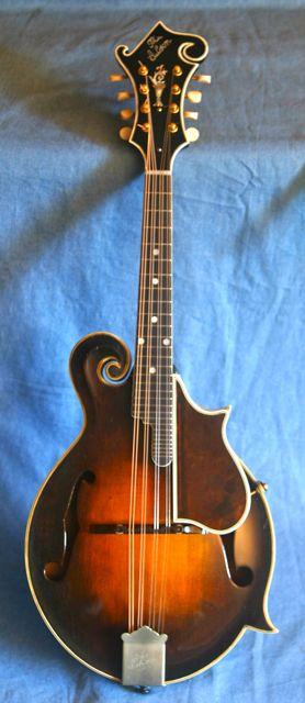 Lloyd Loar mandolin 79719 front