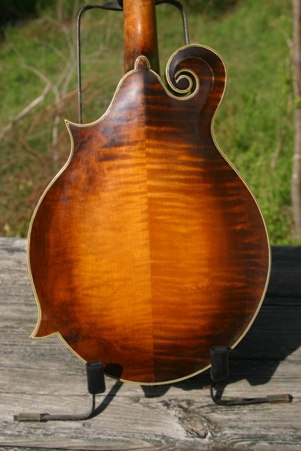 Lloyd Loar Mandolin 72857 close up back