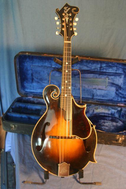 Lloyd Loar Mandolin 75702 front