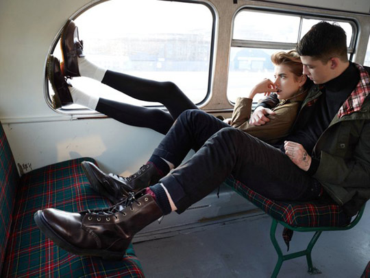 dr-martens-autumn-winter-2011-lookbook-agyness-deyn-01.jpg