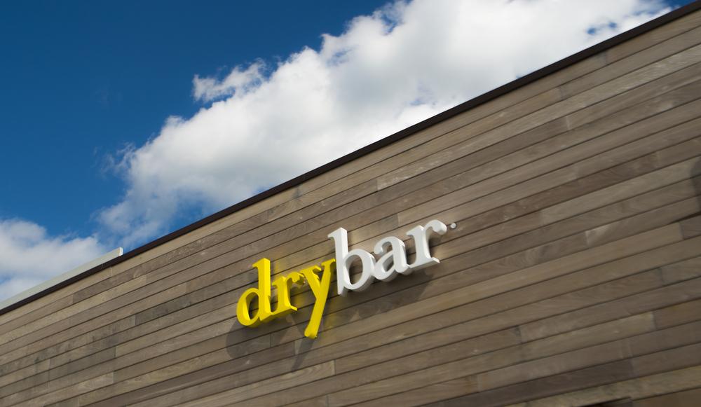 DryBar Exterior1.jpg