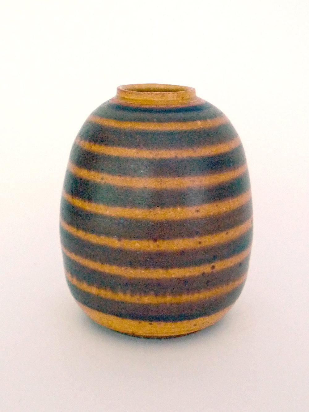 Beehive Bud vase