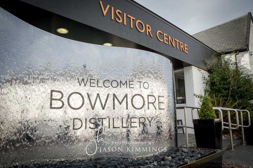 Bowmore-whisky-distillery-1.jpg
