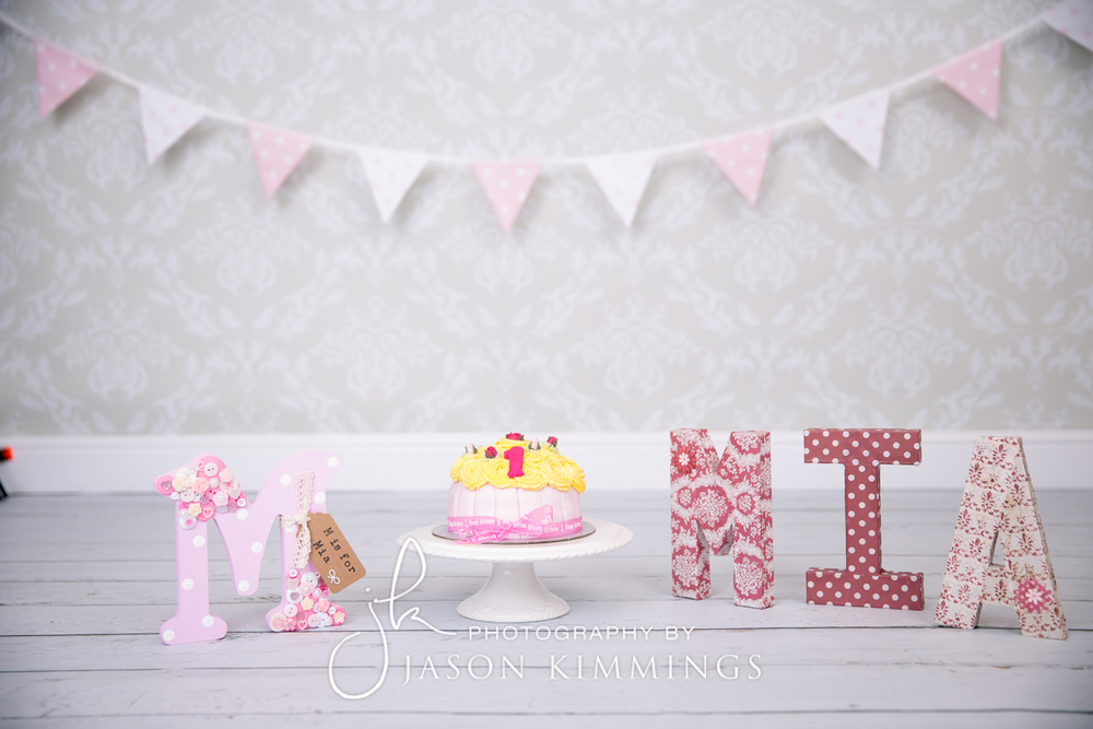 Cake-smash-bathgate-west-lothian-toddler-photography-1.jpg