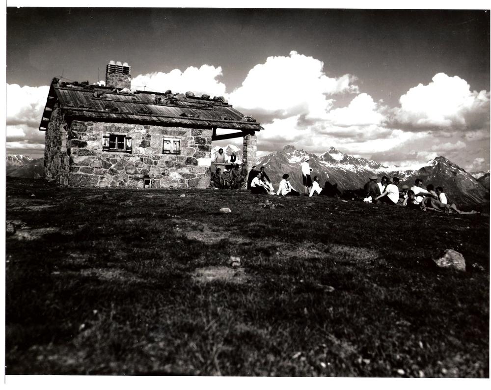 Alpina1900.jpg