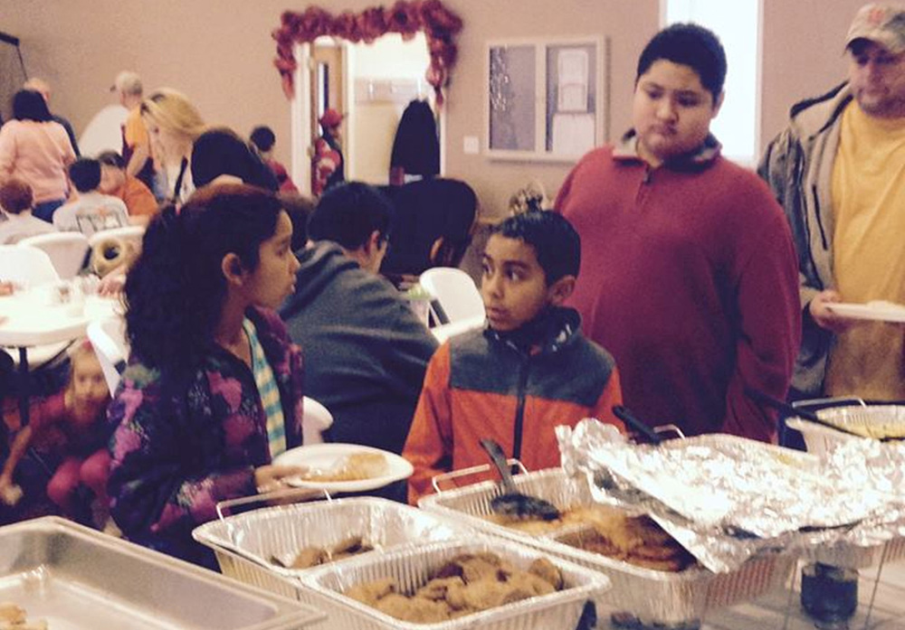 Free Community Christmas Breakfast - Dec 2014