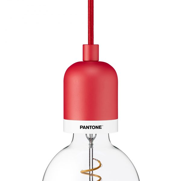 Pantone_P001_Deneb_CAR_Red_1920px-600x600.jpg