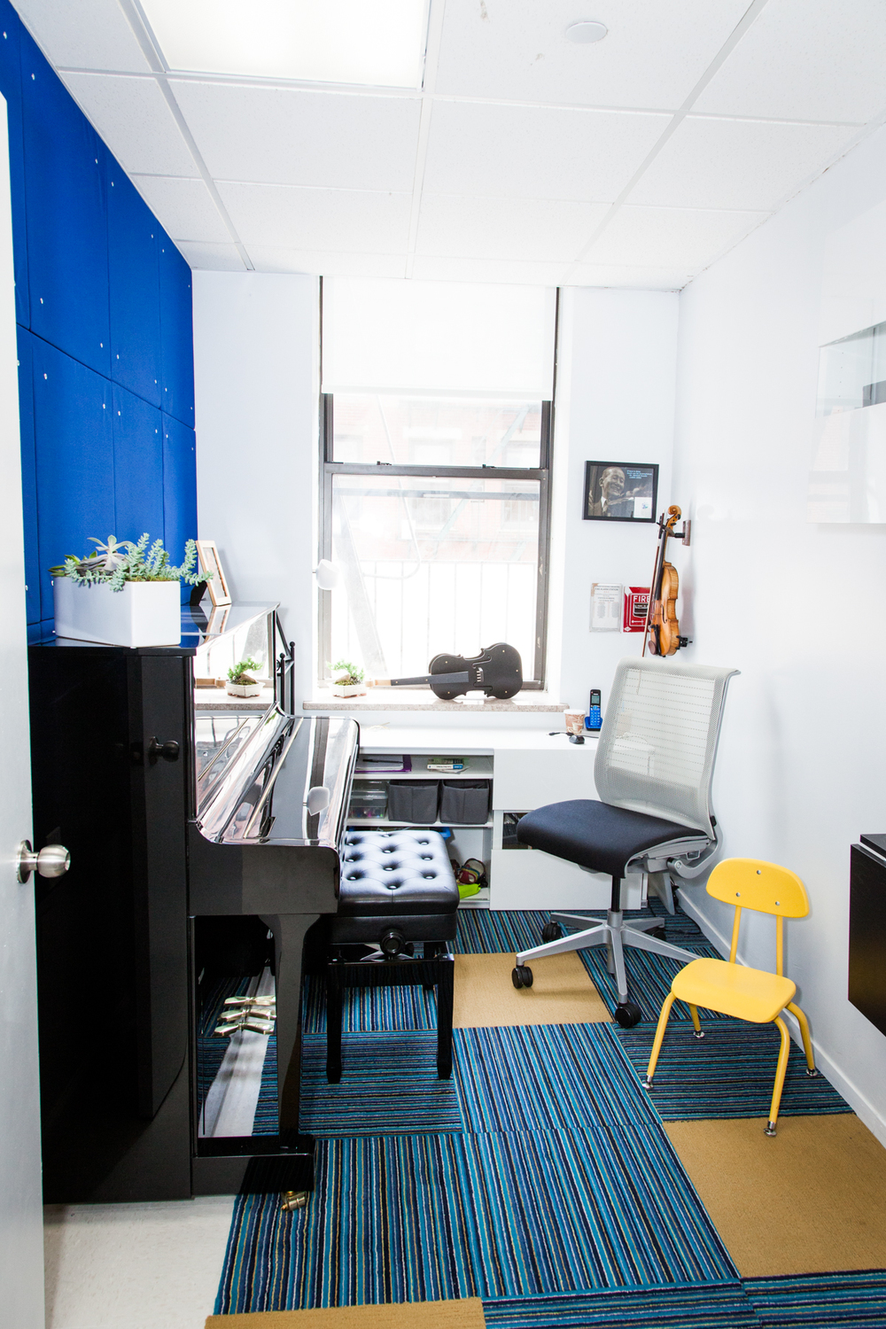 tone-academy-of-music-nyc-suzuki-practice-room.jpg