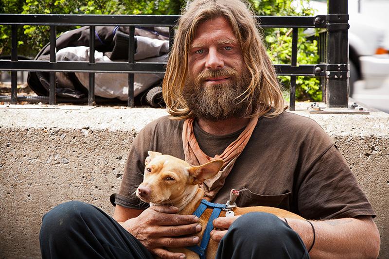 RSmith_HomelessManWithDog-7398.jpg
