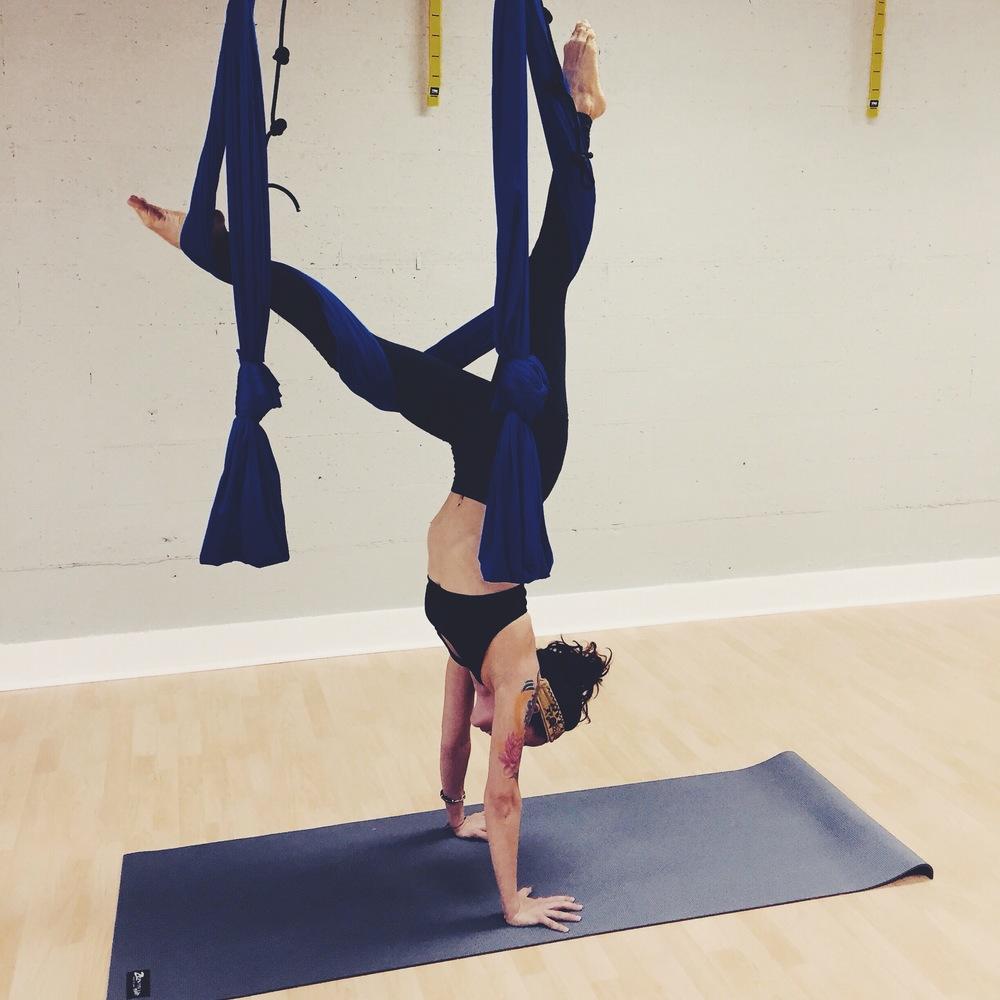 Handstand Balance Body Box
