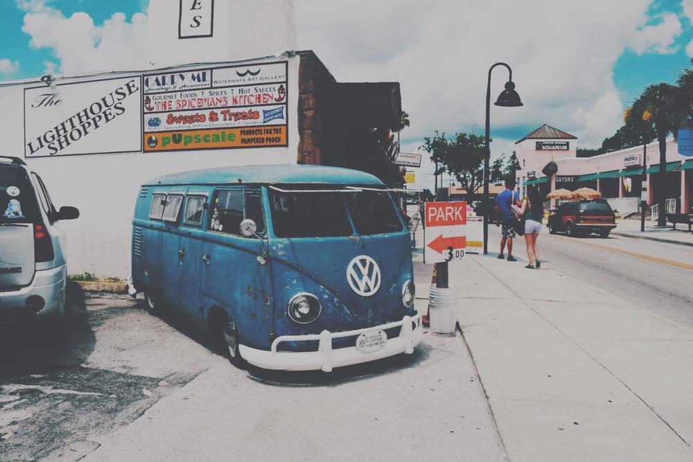 Volkswagon Hippie Bus