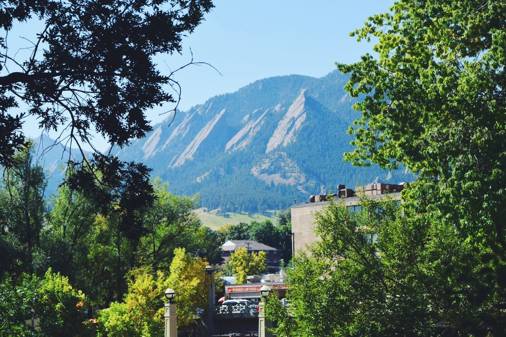 Boulder Colorado farmers market has a mountain view. Totally worth checking out