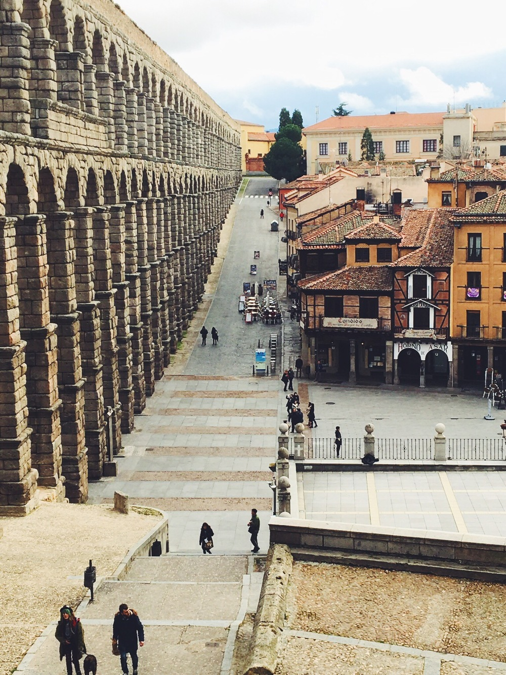 Things to do in Segovia, Spain. Day trips from Madrid. Travel to Spain.
