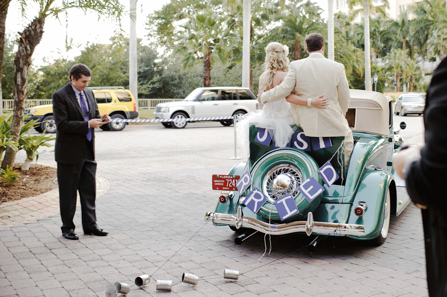 Vintage Car Wedding Decorations