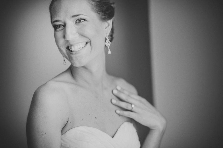 gorgous black and white bridal photograph