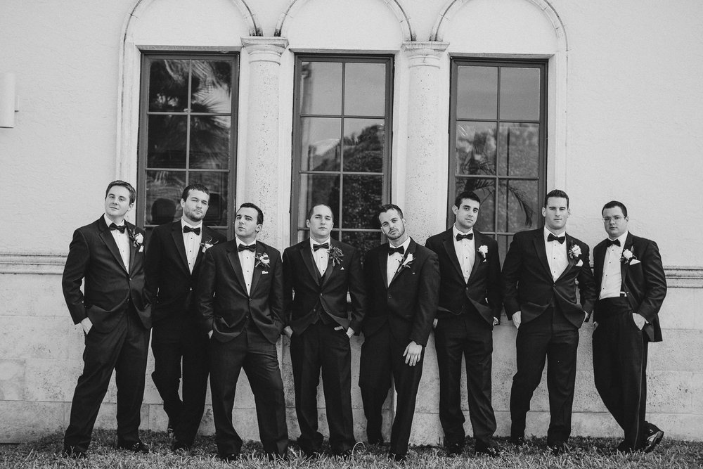 Full Tux Groomsmen Wedding Party