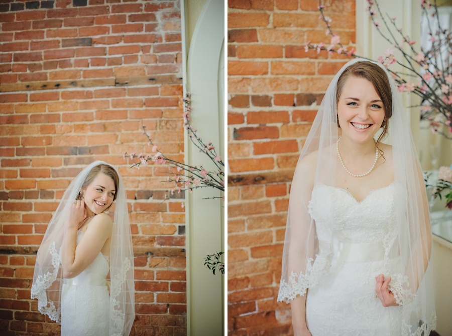 st-augustine-wedding-white-room-florida_0016.jpg