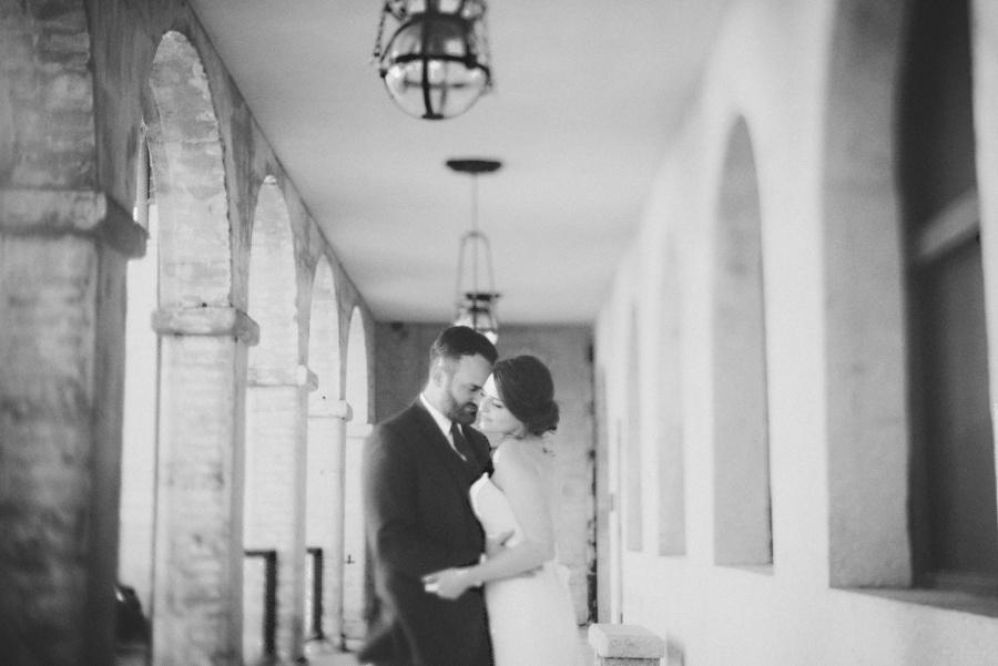st-augustine-wedding-white-room-florida_0056.jpg
