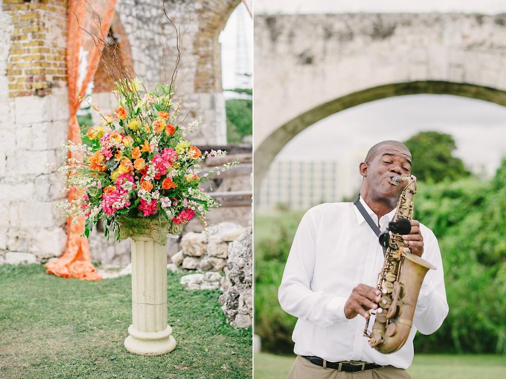Jamaica destination wedding in aqueduct ruins