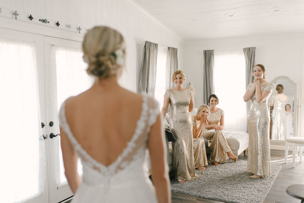 doing a first look with your bridesmaids