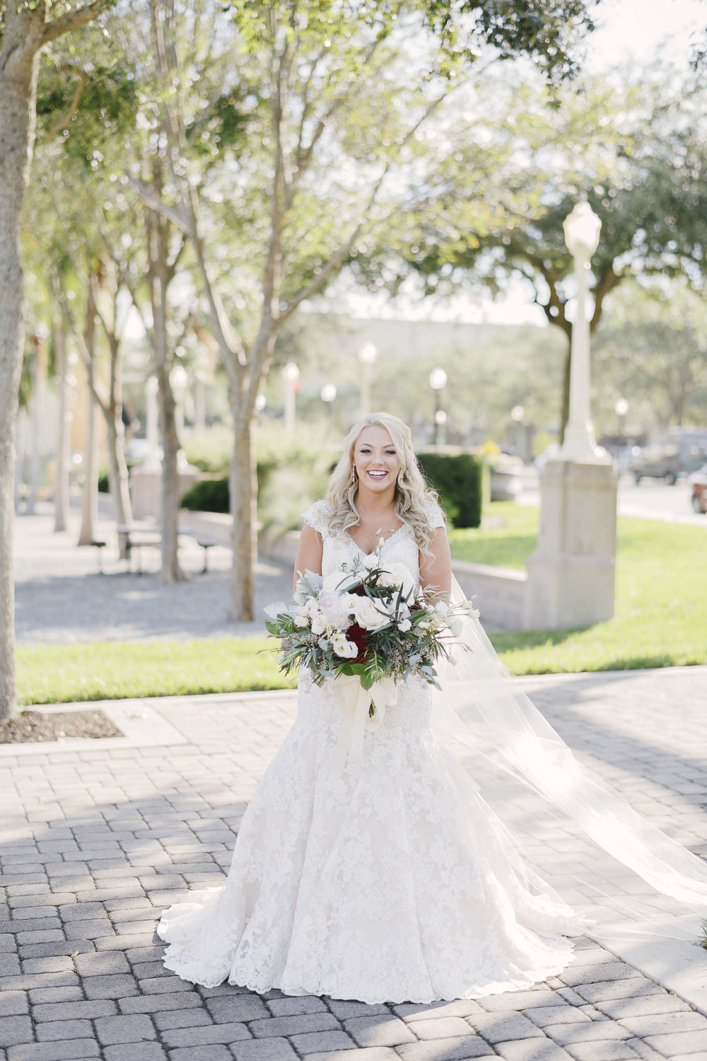 Elegant Downtown Lakeland Wedding around Lake Mirror