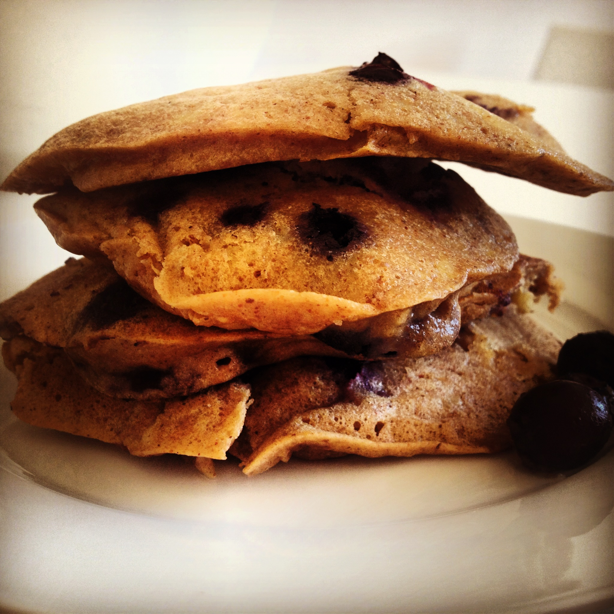 Banana And Blueberry Pancakes With Cinnamon Vanilla Butter Recipes ...