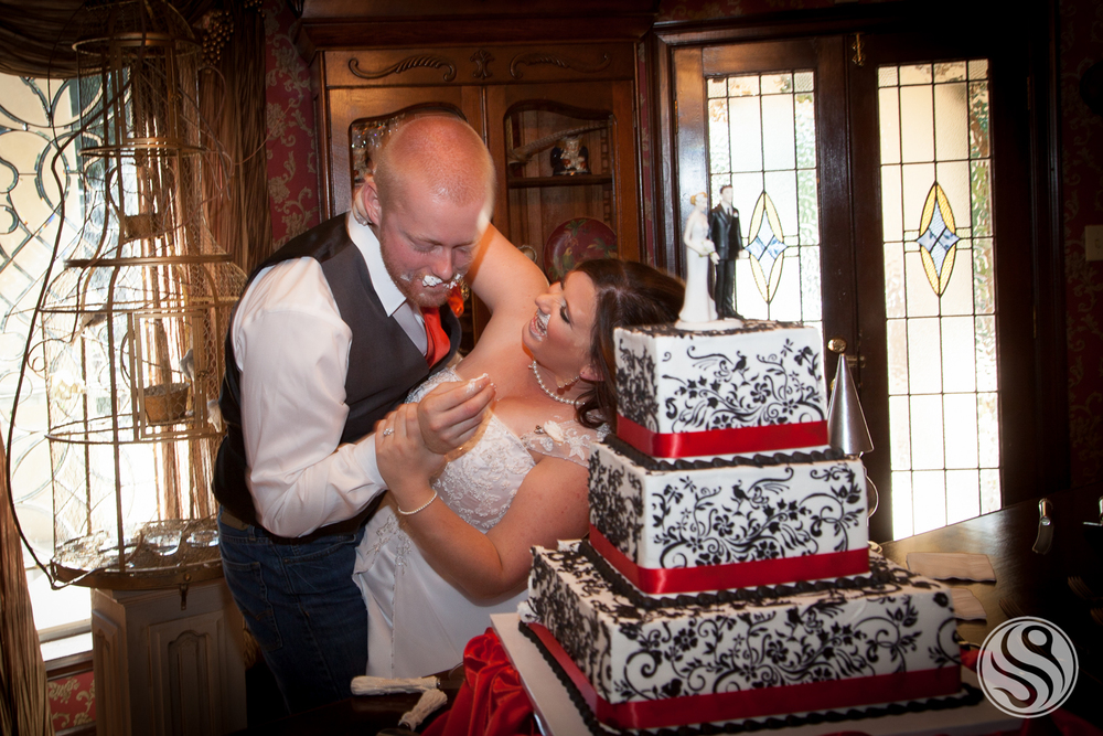 Cake Fight.