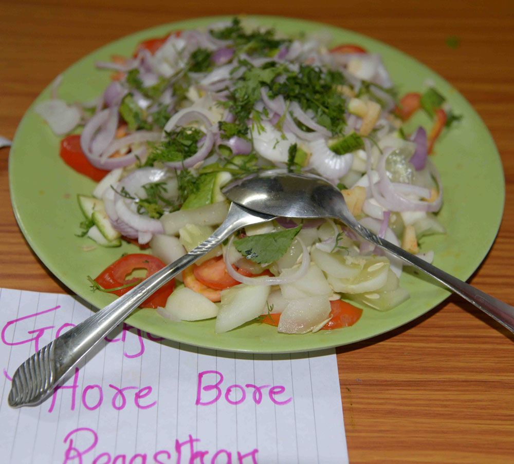 06_Red's salad.jpg