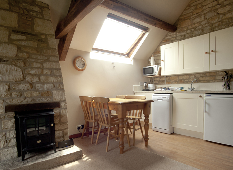 Bibury Holiday Cottages Self Catering Gloucestershire 2 Bedroom Kitchen