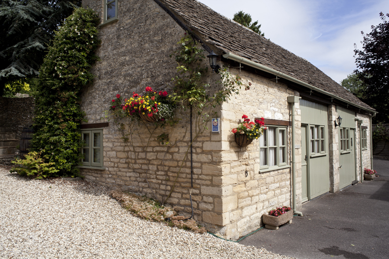 Bibury Holiday Cottages Self Catering Gloucestershire Two Double Bedrooms