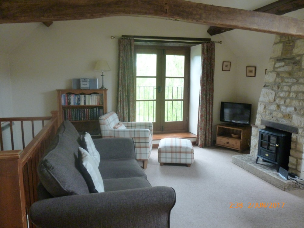 Bibury Holiday Cottages Self Catering Gloucestershire 2 Bed Room Living Area