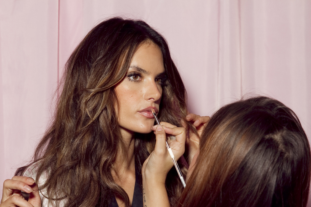 Backstage at Victoria's Secret London 2014 by Holly McGlynn_018.jpg