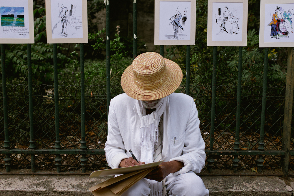 Artist  Street scenes in   Paris, France by Seattle based photographer Dylan Priest