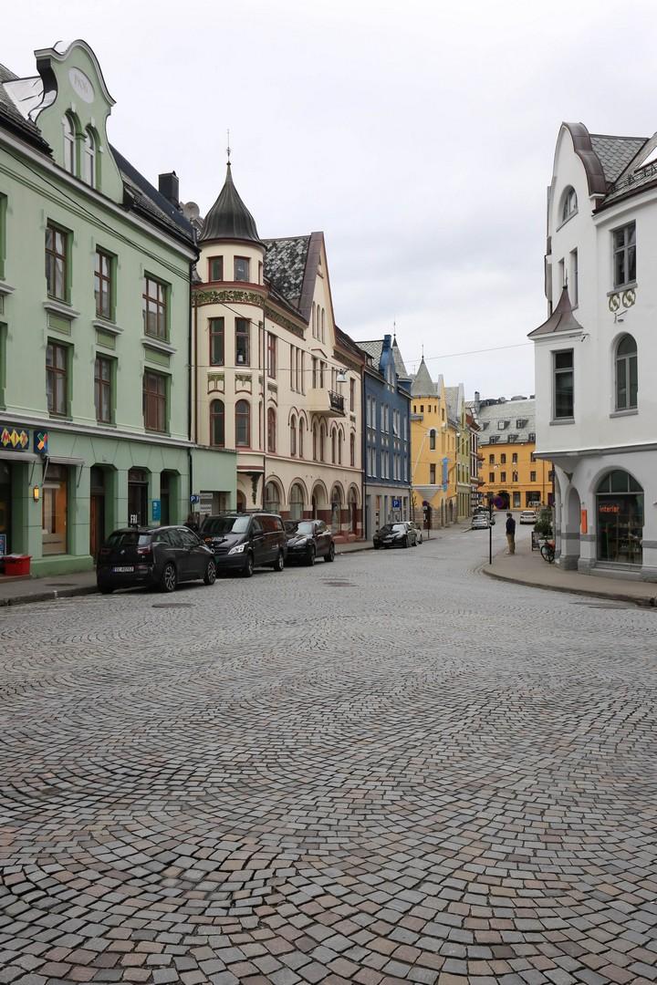 1506_Norway_0803_sm.jpg