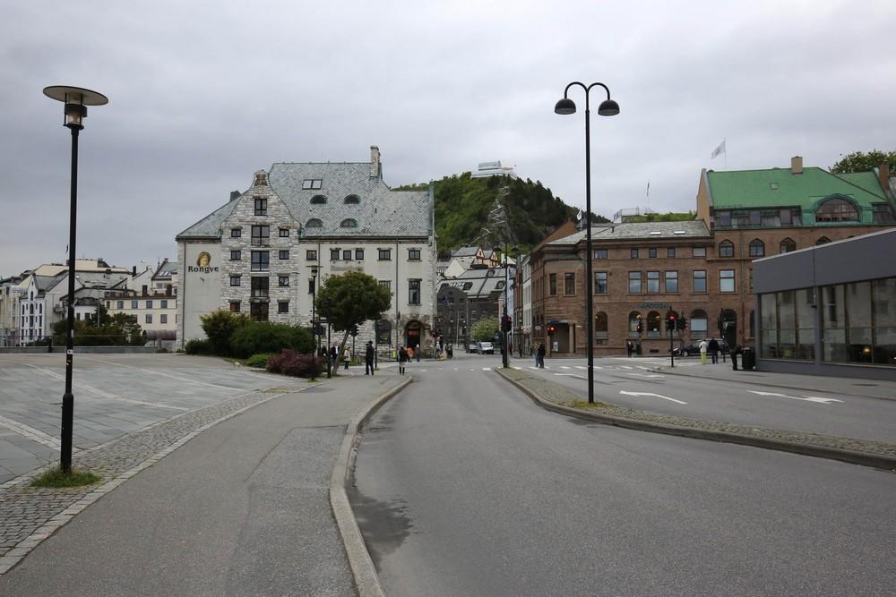1506_Norway_0817_sm.jpg
