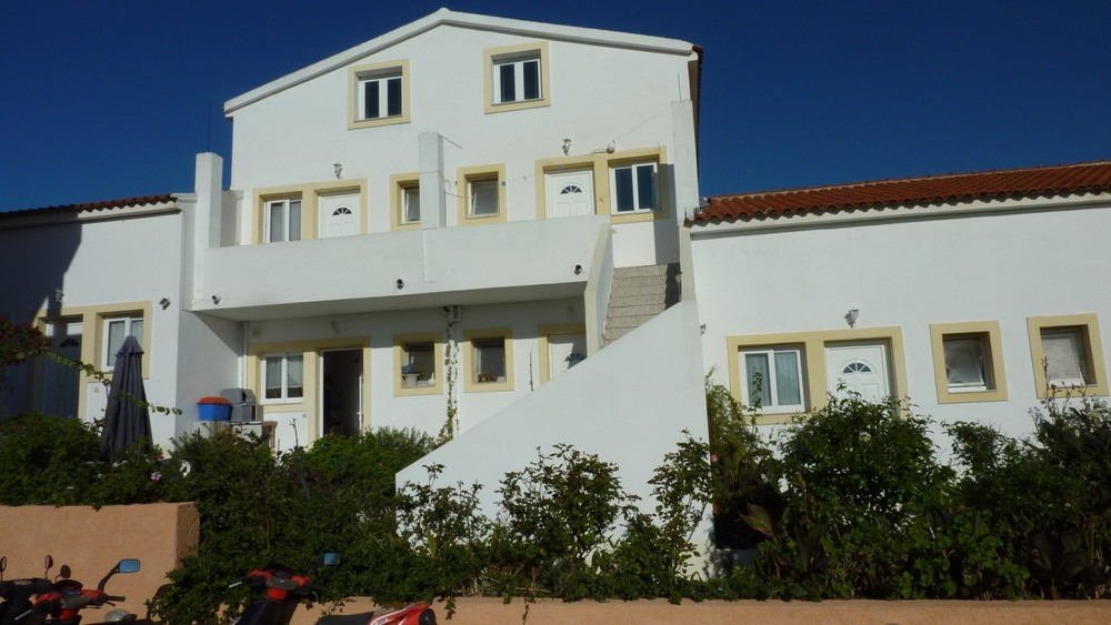 Giorgos apartments Peroulades Oct 2011 012.jpg