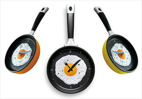 weird-clock-frying-pan