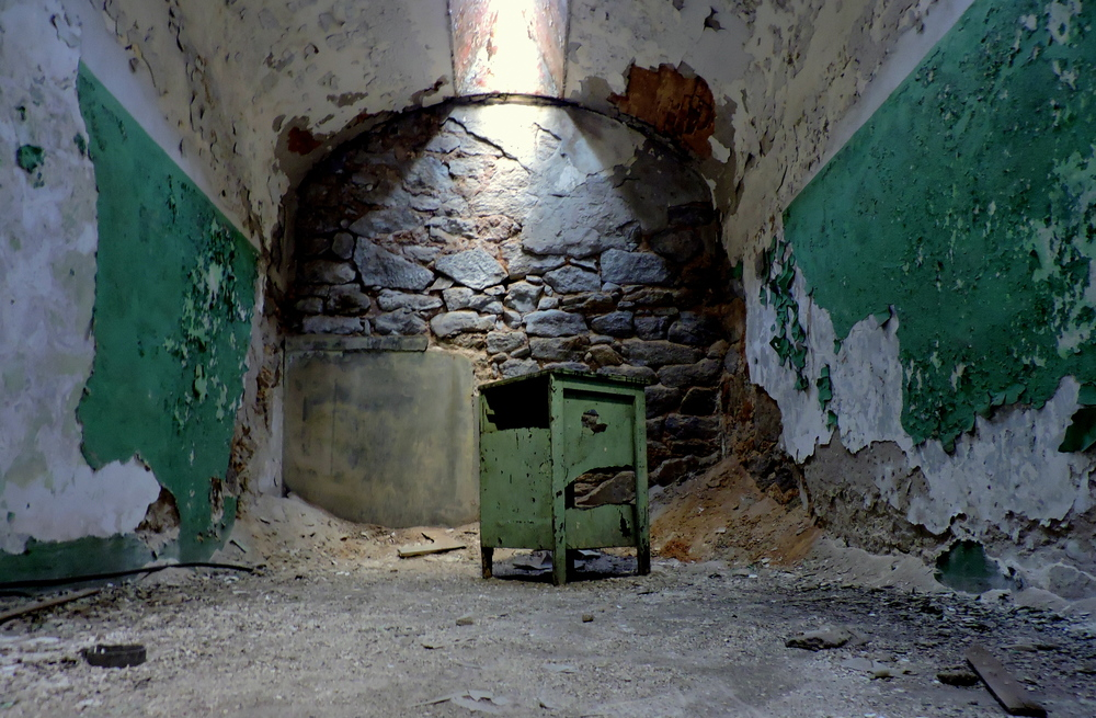 eastern-state-penitentiary-cabinet-cell