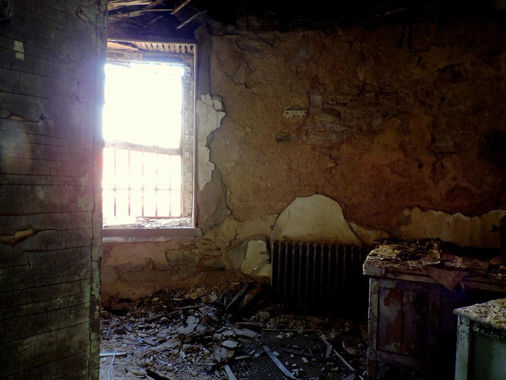 eastern-state-penitentiary-random-room