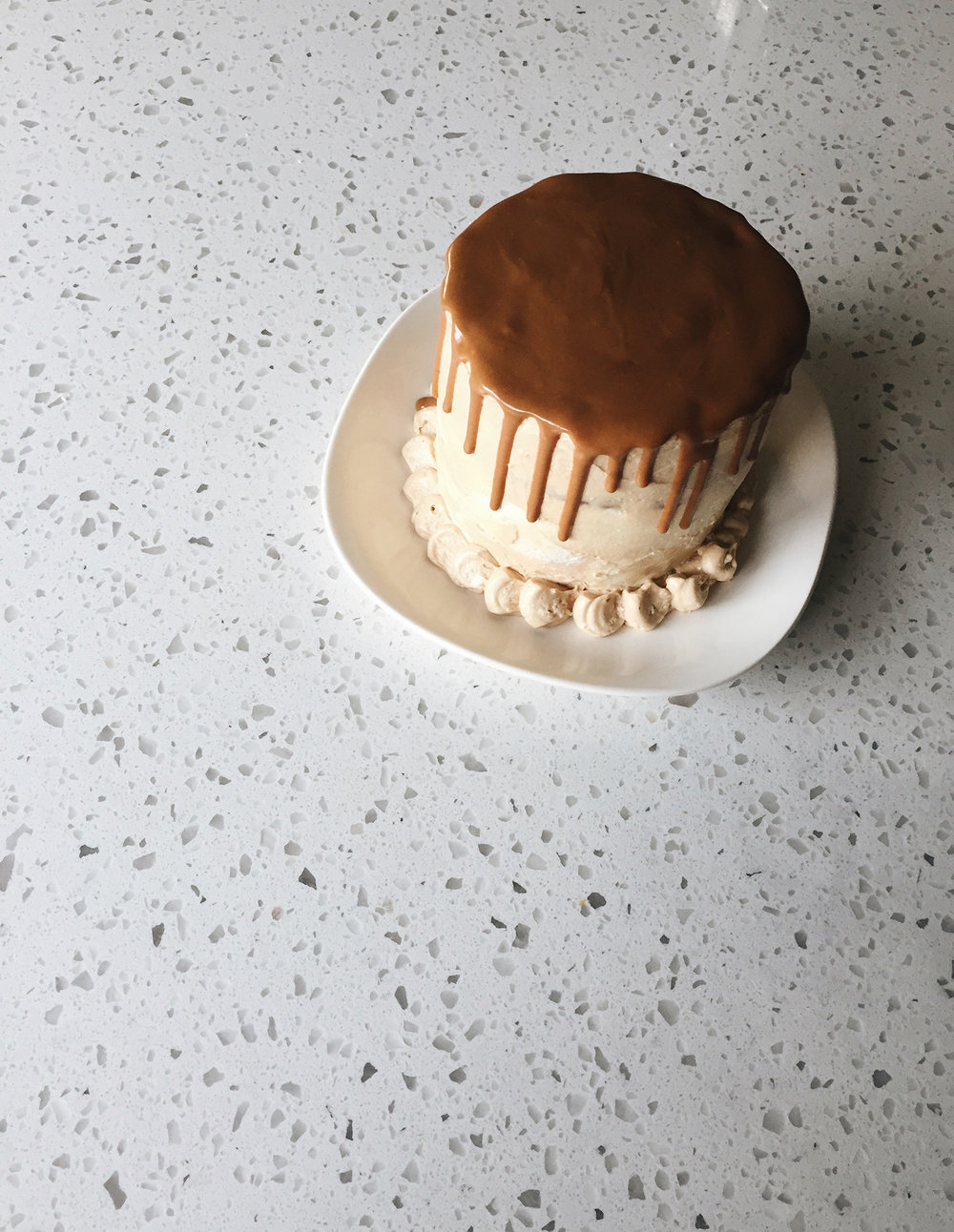 THE SPECULOOS DRIP CAKE I MADE THIS WEEKEND.