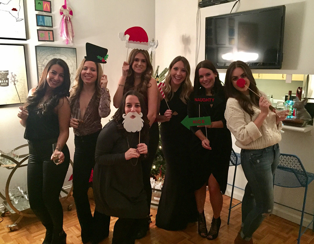 STOPPED BY MY OLD ROOMMATES HOLIDAY PARTY BEFORE HEADING TO BROOKLYN ON SATURDAY. SEEING THESE GIRLS IS ALWAYS A BLAST, EVEN IF IT'S ONLY FOR A SHORT PERIOD OF TIME.