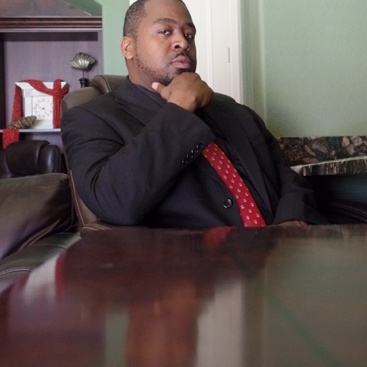Lamont stuckey - Business Trainer and Mentor