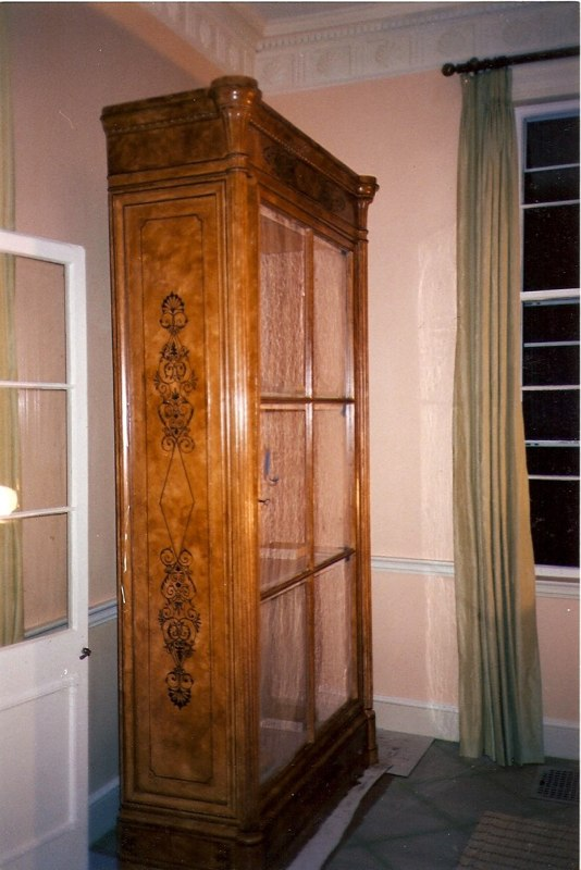 Faux Bois Vitrine with Neo Classical