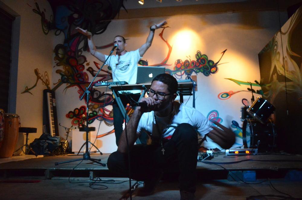 Unochosiete & Skeptic Live Bembele Ponce