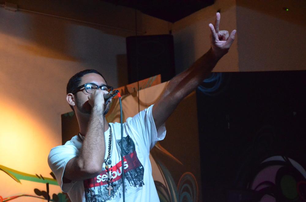 Unochosiete & Skeptic Live Ponce Bembele