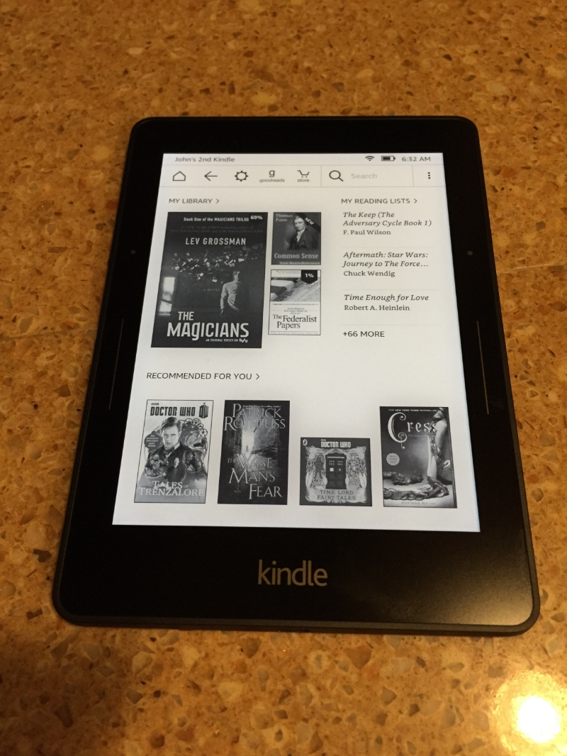 Jaz's new Amazon Kindle Voyage!