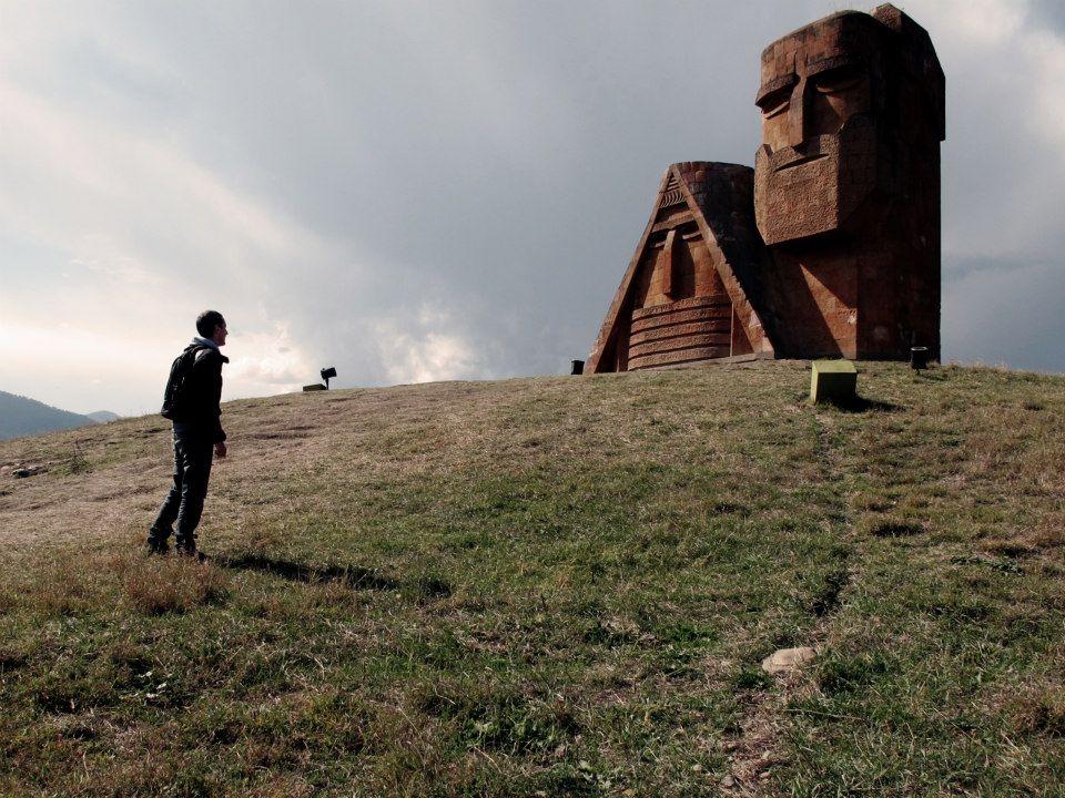 """Stepanakert, """"Nous sommes nos montagnes"""""""