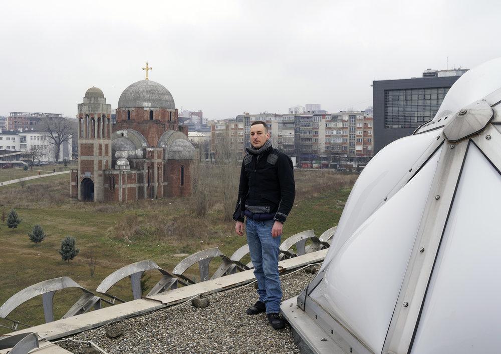 Portrait-Louis-Kosovo---2018.jpg